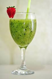 Kiwi is a powerhouse of nutrition!  Discover healthy smoothie recipes!